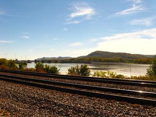 tracks along the Mississippi
